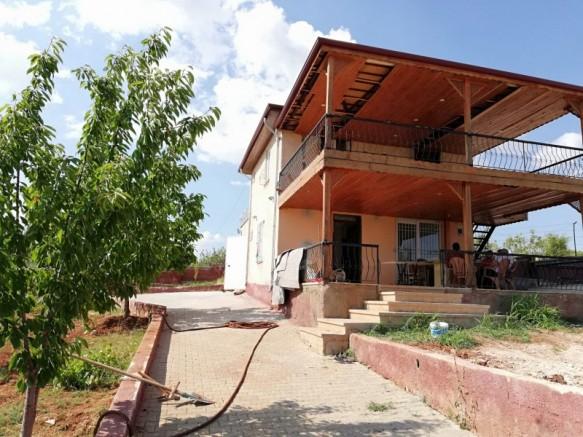 Gaziantep Burç Satılık Bağ Evi